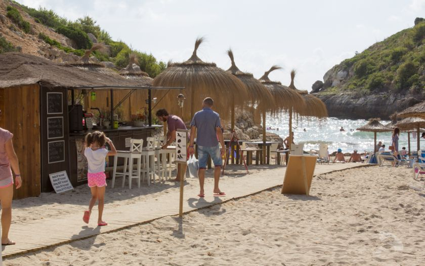 Cala Antena beach bar