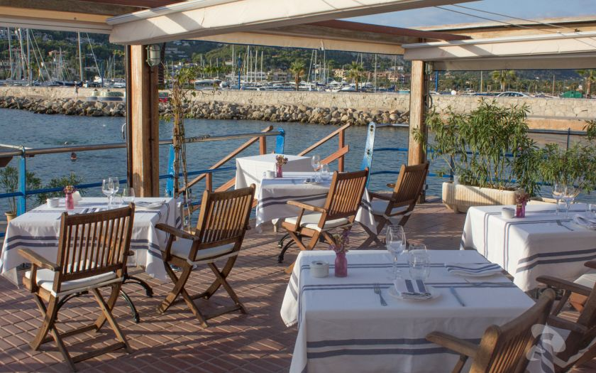 Port d'Andratx restaurant by the sea