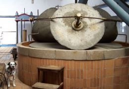 can det grinding stones